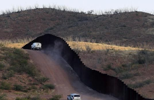 u.s. mexican border wall