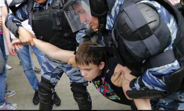 child protester russia